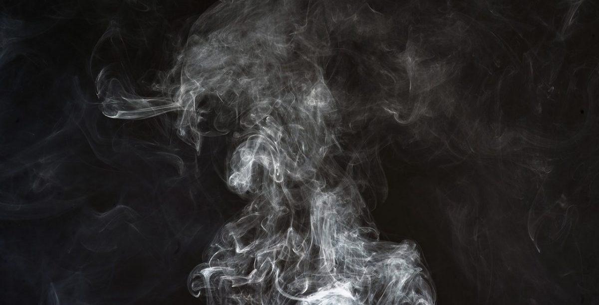 smoke-2437886_1280