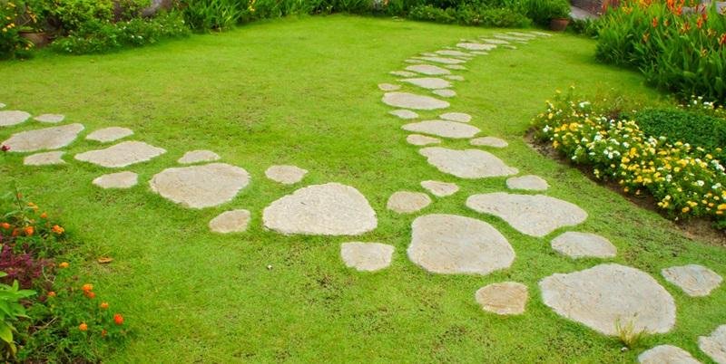 garden-stepping-stones